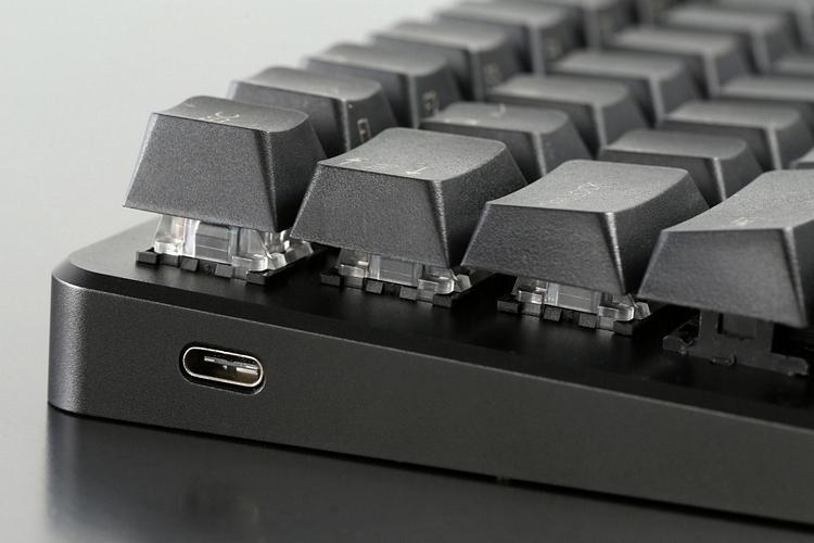 massdrop-001-z70-mechanical-keyboard-3