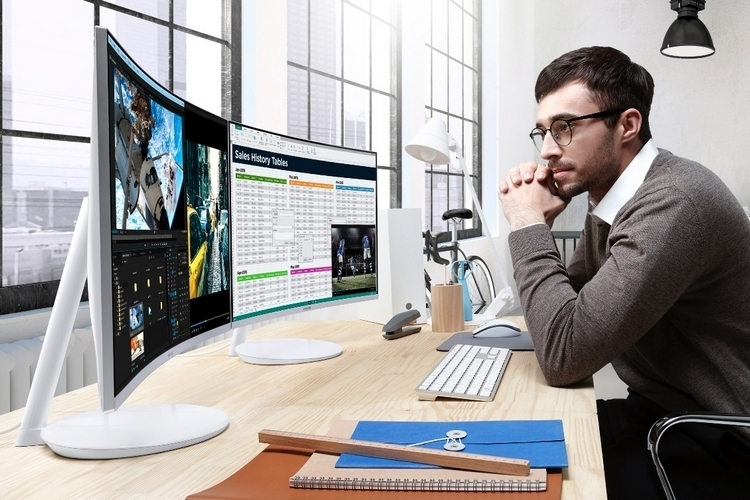 samsung-quantum-dot-curved-monitor-3