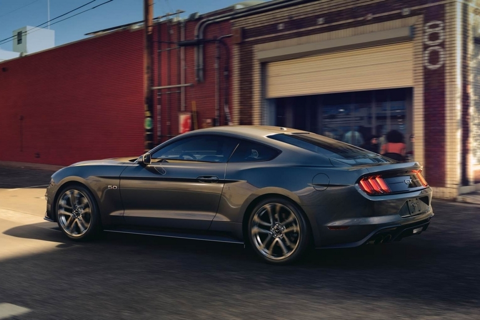2018-ford-mustang-3