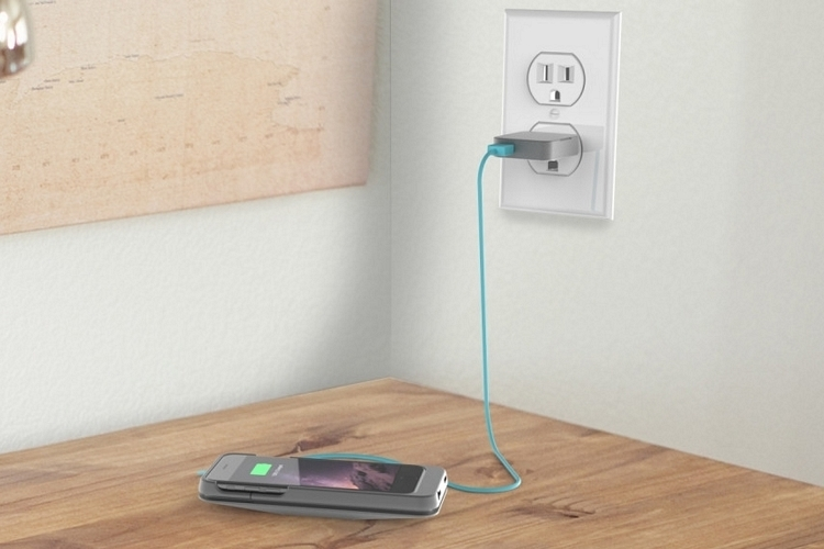 ez-charge-iphone-case-2