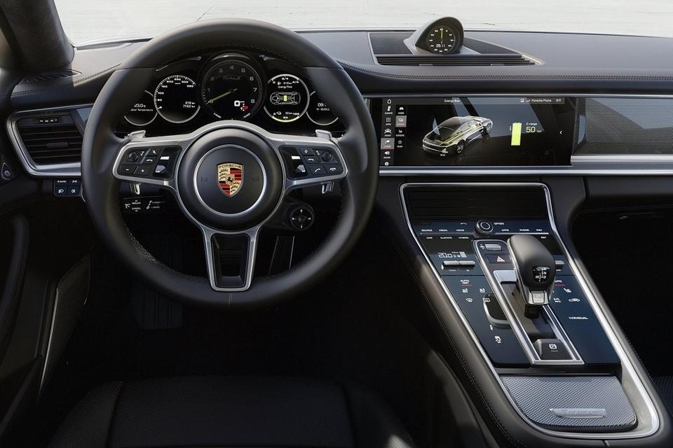 2018-porsche-panamera-turbo-s-e-hybrid-4