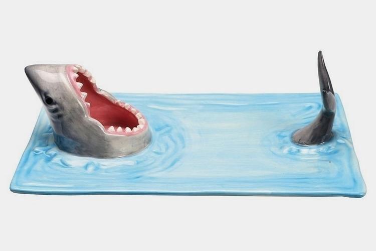 shark-attack-sushi-serving-platter-2