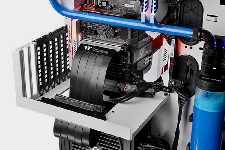 thermaltake-premium-pci-e-extender-2