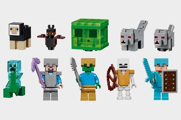 LEGO-minecraft-gigantic-mountain-cave-set-2
