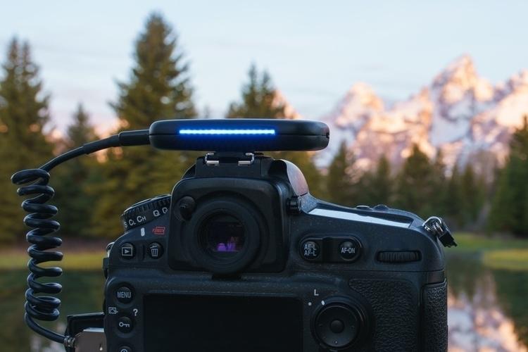 arsenal-intelligent-camera-remote-1