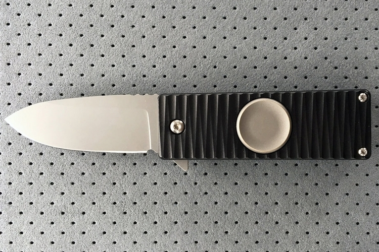 meteorite-fidget-spinner-folding-knife-1