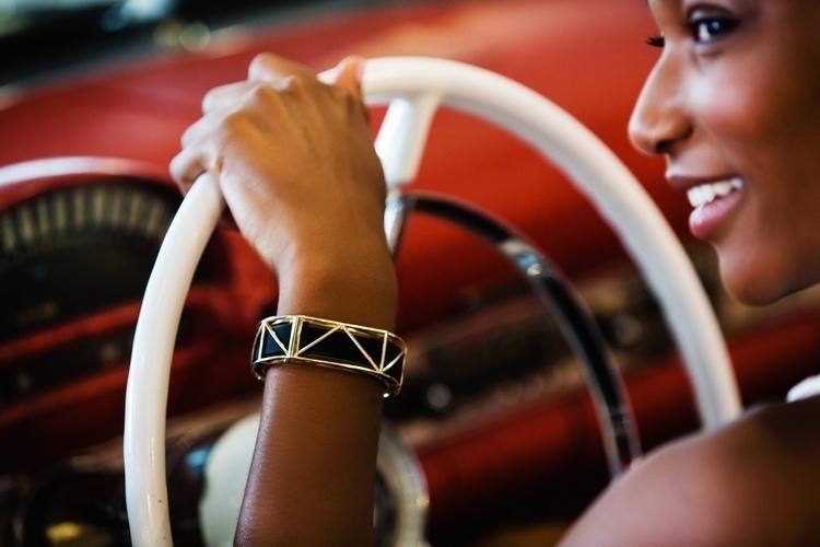 bellafit-fitness-tracker-jewelry-0