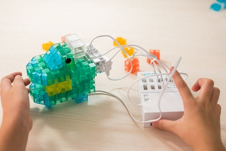 sony-koov-robotics-kit-2