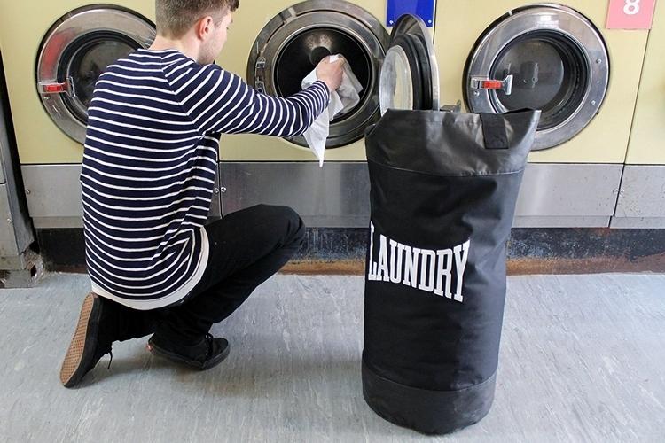 suck-uk-punch-bag-laundry-bag-3