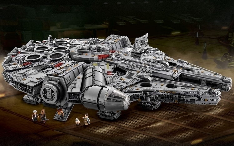LEGO-ultimate-collectors-edition-millenium-falcon-0