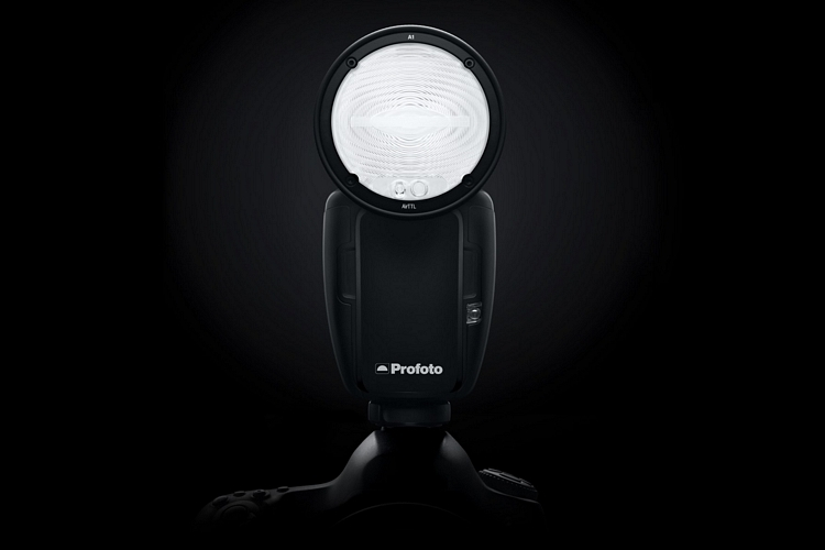 profoto-a1-on-camera-flash-1