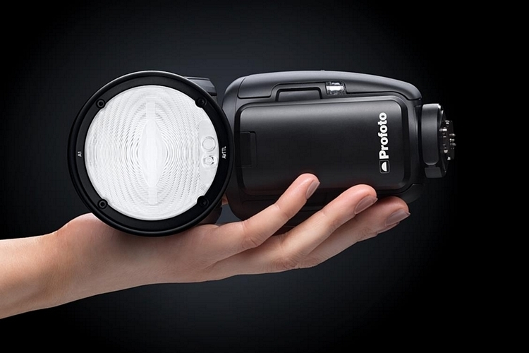 profoto-a1-on-camera-flash-2
