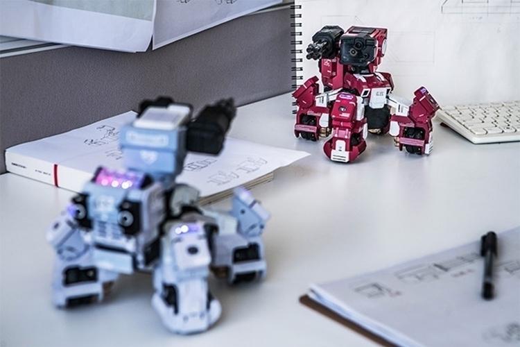 GEIO-fps-battle-bot-4