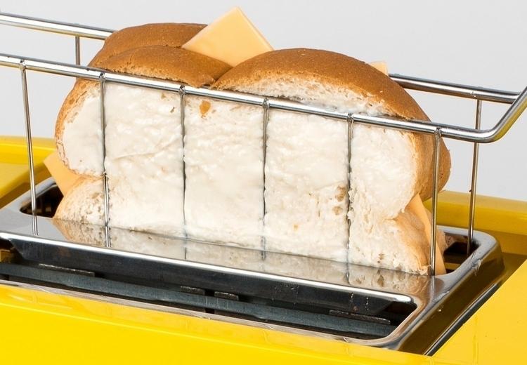 nostalgia-grilled-cheese-toaster-2