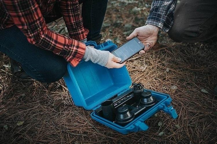 demerbox-portable-bluetooth-speaker-4