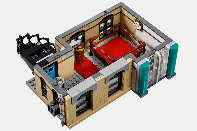 lego-creator-expert-downtown-diner-3