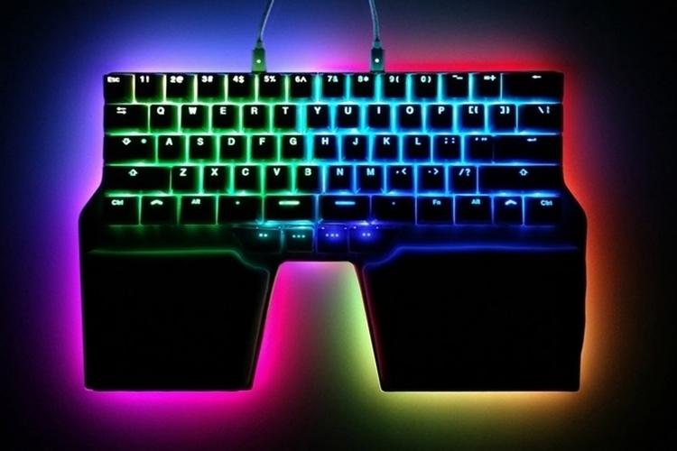 dygma-raise-gaming-keyboard-2