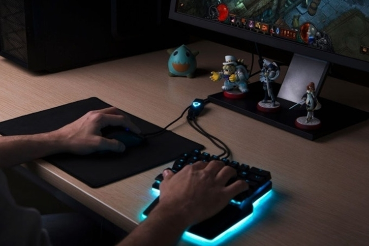dygma-raise-gaming-keyboard-3