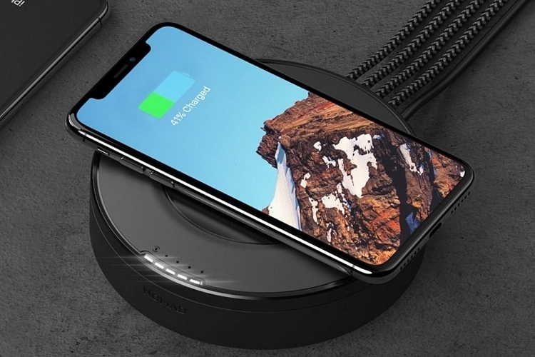 nomad-wireless-charging-hub-3