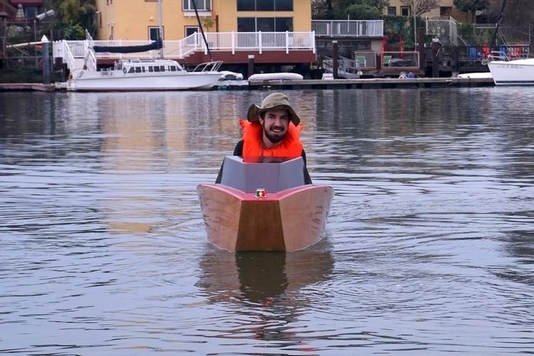 rapid-whale-mini-boat-3