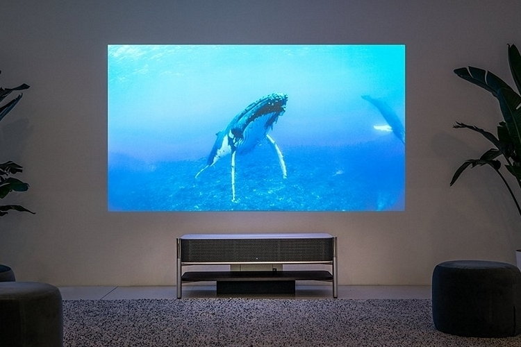 sony-LSPX-A1-4k-ultra-short-throw-projector-4