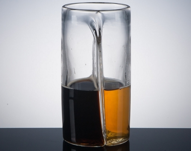 pretentious-dual-beer-glass-3