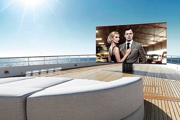 cseed-supermarine-outdoor-tv-1