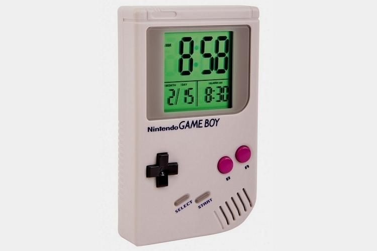 game-boy-alarm-clock-0