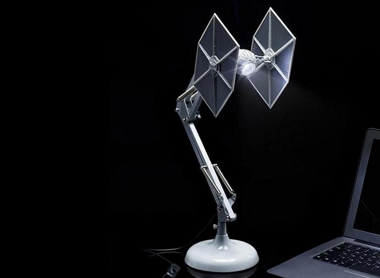 star-wars-tie-fighter-desk-lamp-1