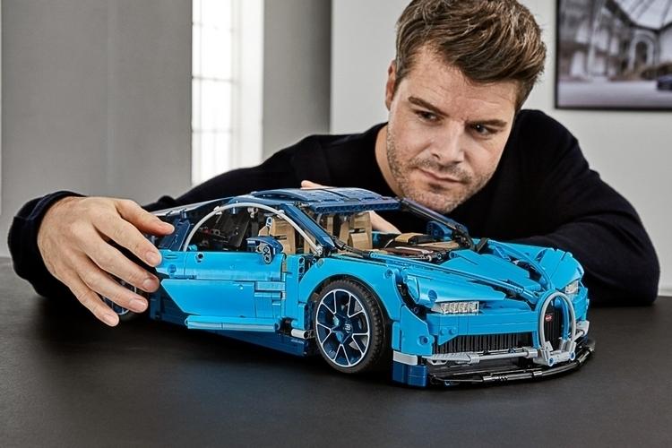 LEGO-technic-bugatti-chiron-3