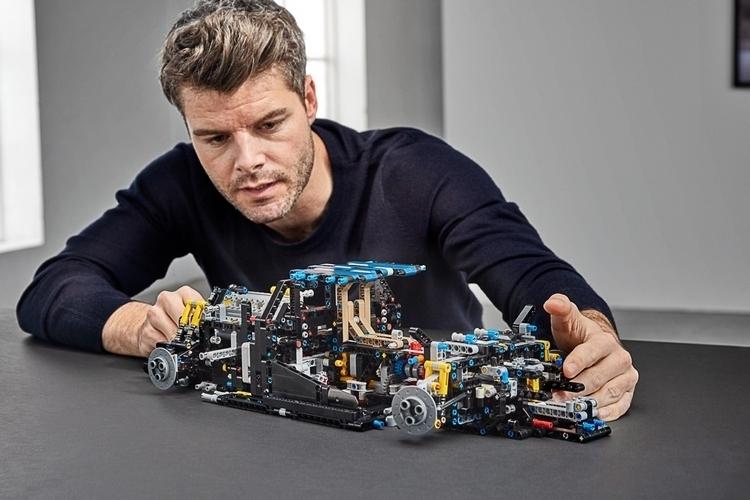 LEGO-technic-bugatti-chiron-4