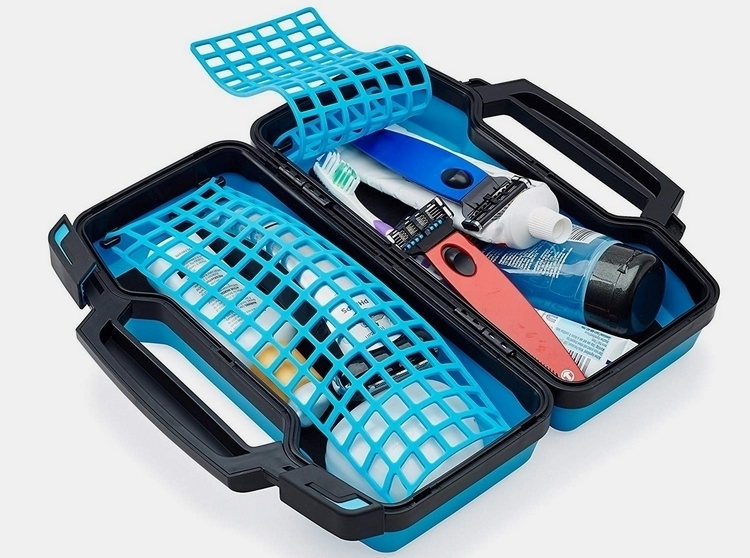tooletries-hard-case-toiletry-bag-4