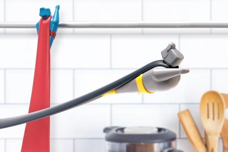 ototo-pan-man-spatula-3