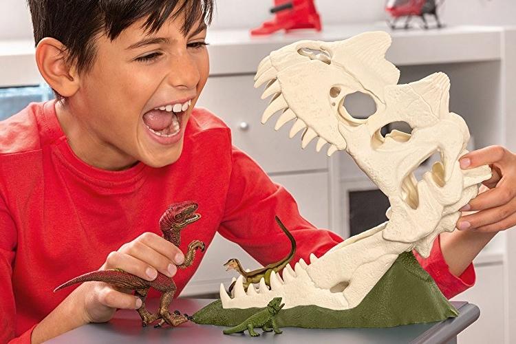 2018-dinosaur-toys-0