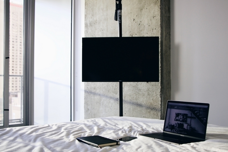 mofo-pole-tv-mount-4