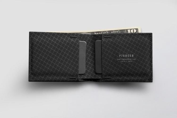 pioneer-flyfold-wallet-2