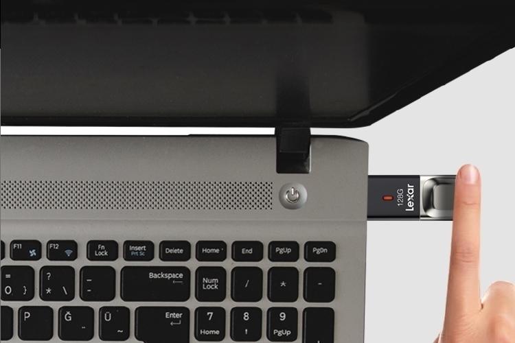 lexar-jumpdrive-fingerprint-f35-3