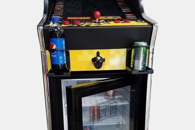pac-man-pixel-bash-chill-arcade-cabinet-mini-fridge-2