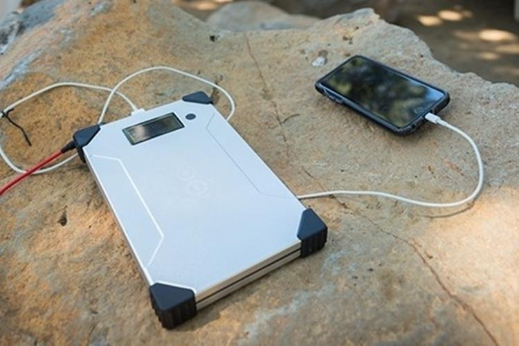 voltaic-v88-laptop-power-bank-3