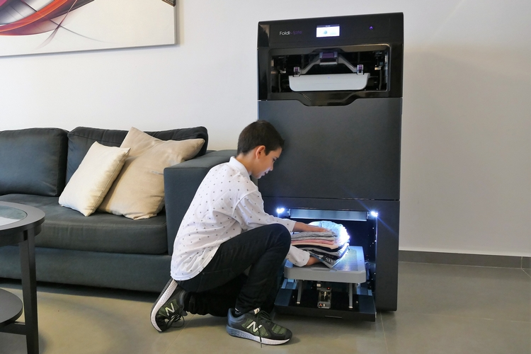 foldibot-laundry-folding-robot-4